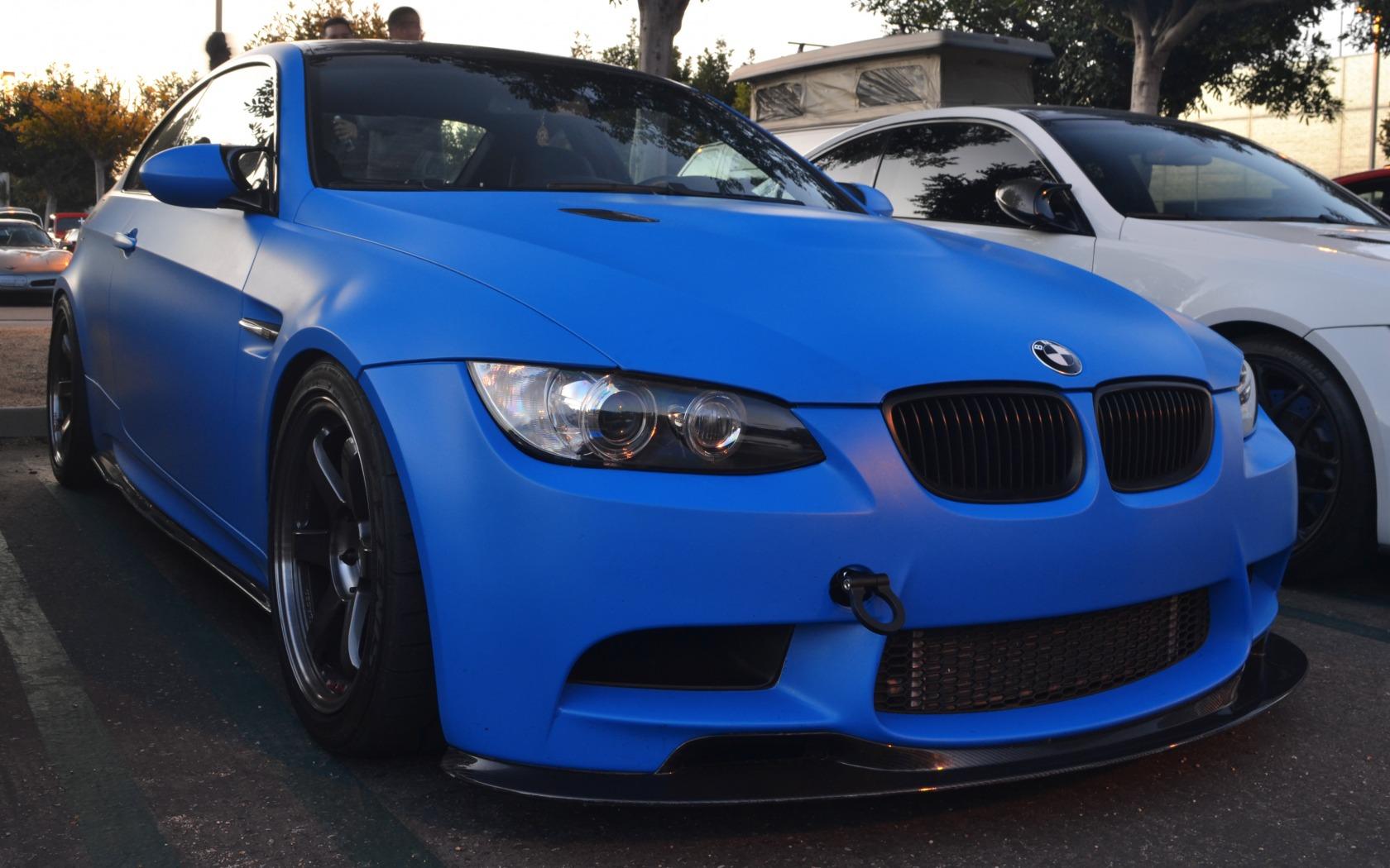 цвет картинки машина синий